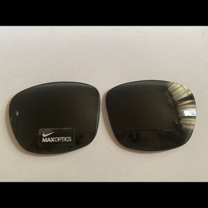 Made In Italy Nike Essential Chaser R Sport Sunglasses w// Mirror Lens EV0998